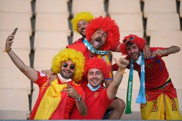 西班牙上場悶和0:0。