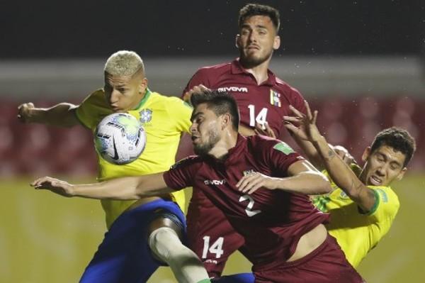 費明奴奠勝 巴西1:0委內瑞拉