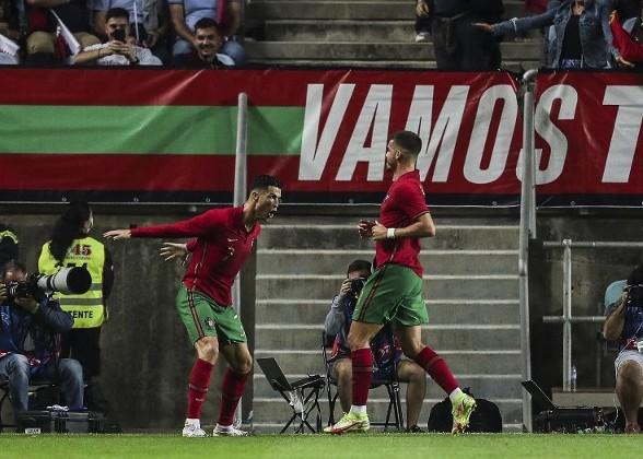 C朗開紀錄 葡萄牙3:0爆「卡」