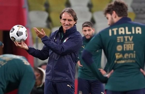 文仙尼2022世盃後離任