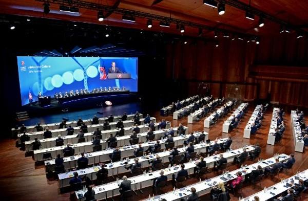 UEFA暫緩懲罰歐超聯球隊