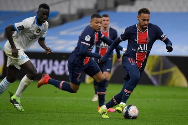 普捷天奴:尼馬安巴比來季續效PSG