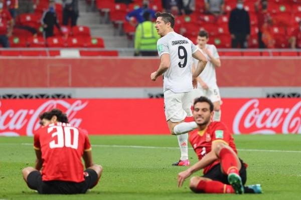 拜仁2:0贏「里」入決賽