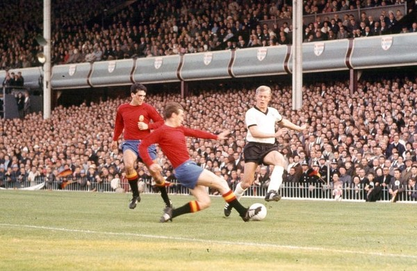 【當年今日】狂牛揚威1964歐國盃