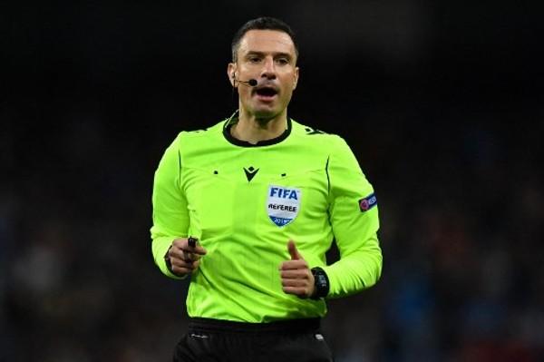 阿仙奴歐霸4強遇醜聞球證