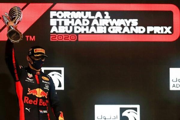 F1阿布扎比站 韋少煞科戰封王