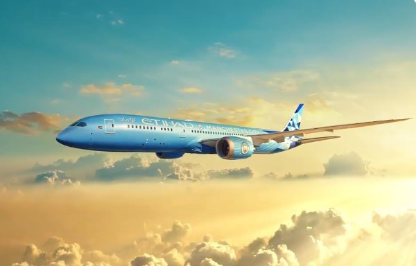 阿提哈德航空推出曼城波音787夢幻客機。