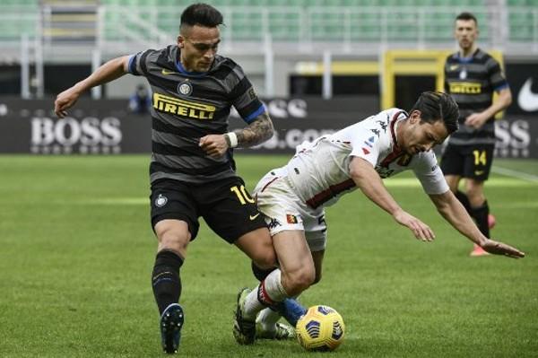 曼聯有機會簽入拿奧達路馬天尼斯。