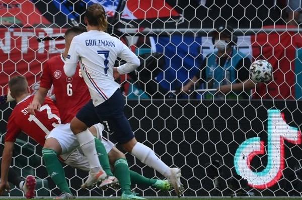 基斯文在歐國盃決賽周累積7球。